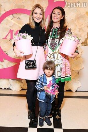 Марина Ким, Мария Кожевникова с сыном Ваней