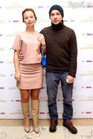 Елена Захарова и Евгений Цыганов на премьере фильма «Отель «Гранд Будапешт»