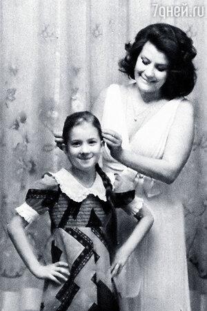 Елена Образцова с дочерью