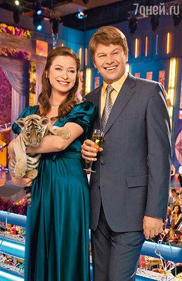Мария Ситтель и Дмитрий Губерниев на съемках новогоднего «Голубого огонька» на канале «Россия»