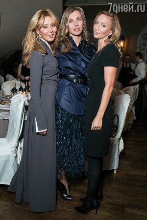Дина Хабирова и Светлана Бондарчук на юбилее благотворительного фонда «Артист»