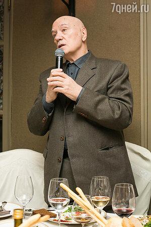 Леонид Куравлев на юбилее благотворительного фонда «Артист»