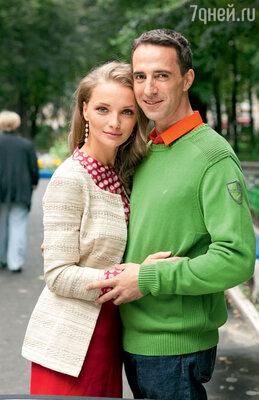 «Илья моей второй беременности очень ждал. А я пыталась разными способами оттянуть это событие»