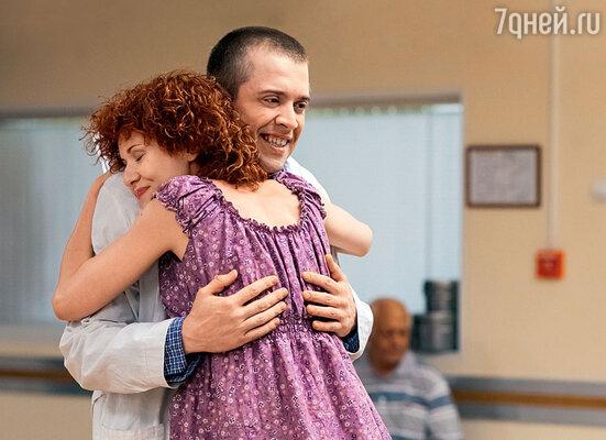 Со своим экранным мужем Семеном Лобановым (Александр Ильин-младший)
