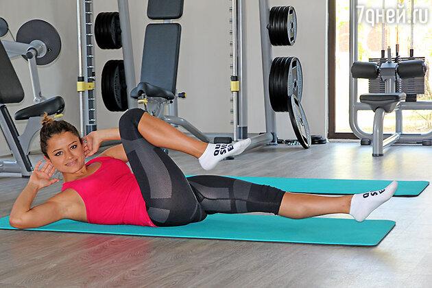 Также есть спортзал, где под руководством опытного тренера можно каждое утро делать упражнения