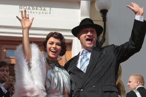 Гоша Куценко на премьере мюзикла полетал на самолете