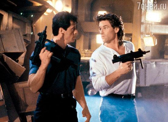 Сильвестр Сталлоне и Курт Расселл в фильме «Танго и Кэш». 1989 г.