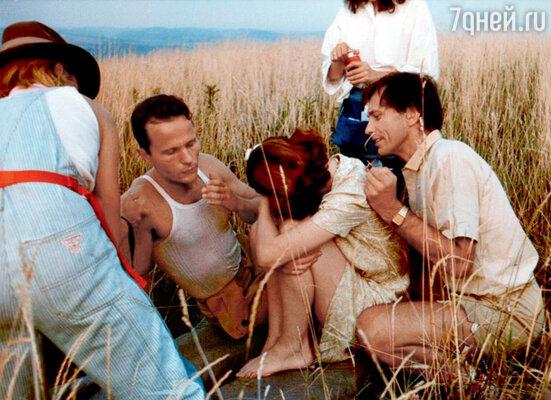 Джон Сэвидж, Настасья Кински и Андрей Кончаловский на съемках фильма «Возлюбленные Марии». 1984 г.