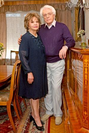 Лионелла Пырьева и Олег Стриженов
