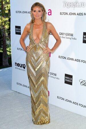 Хайди Клум в платье от Julien Macdonald на благотворительном вечере 2013 Elton John AIDS Foundation
