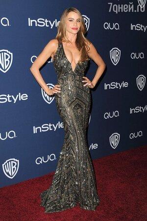 София Вергара в платье от Zuhair Murad на вечеринке InStyle and Warner Brothers Golden Globes Awards Party