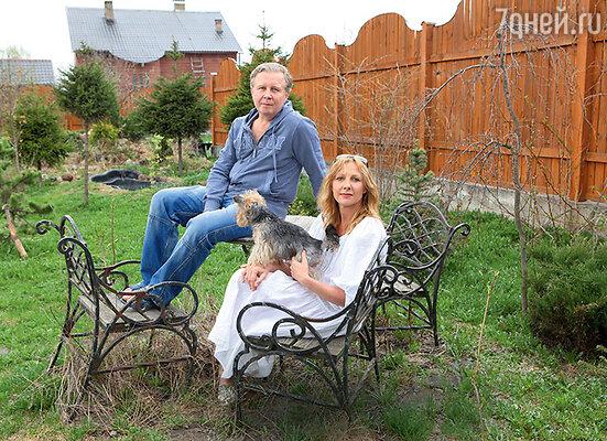 Елена Яковлева никогда незнает, каких сюрпризов ждать от мужа Валерия Шальных