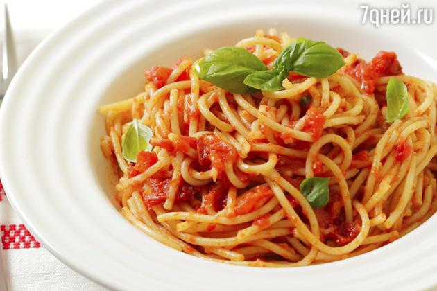 Паста неаполитана: рецепт от шеф-повара Мишеля Ломбарди