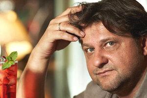 Александр Самойленко перестал скрывать молодую жену