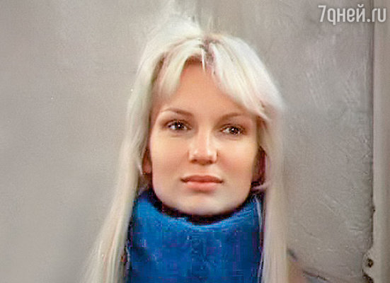 Первая жена Дмитрия Ханановича актриса  Оля Беляева погибла  во время пожара…