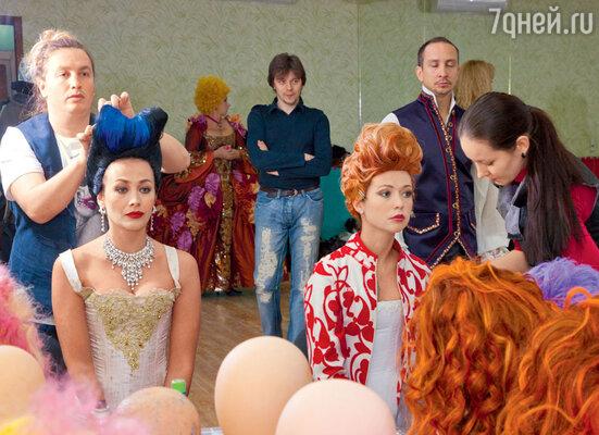 Екатерина Волкова и Елена Захарова поначалу не узнали себя в пышных париках