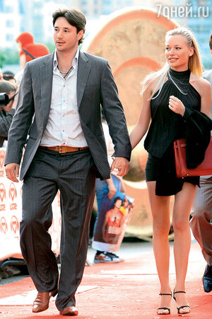 Илья Ковальчук с женой Николь