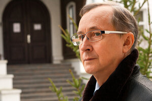 Бурляев прокомментировал кражу песен своего сына для «9 роты»
