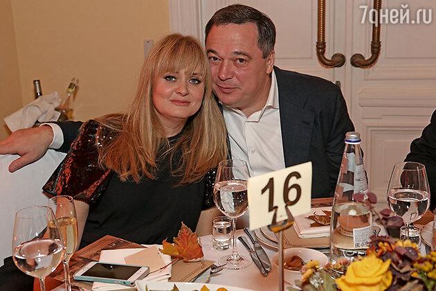 Анна Михалкова с мужем Альбертом Баковым