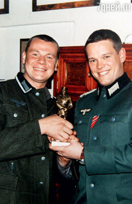 Влад Галкин с Вилле Хаапасало на съемках сериала «Диверсант». 2003 г.