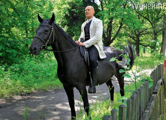 Одна из последних ролей вкино — Котовский. 2009 г.