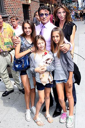 Сильвестр сталлоне с семьей. 2010 год