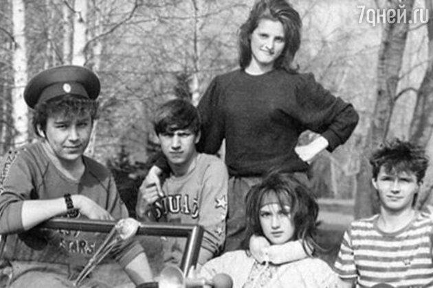 Лера Кудрявцева с друзьями