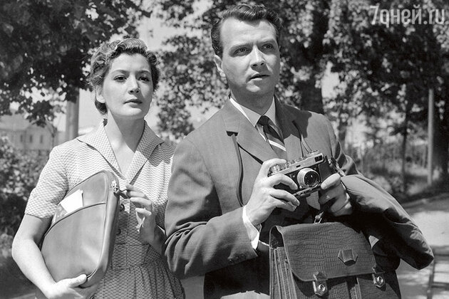 Кюнна Игнатова и Вячеслав Соколов  в фильме «И снова утро»,  1960 год