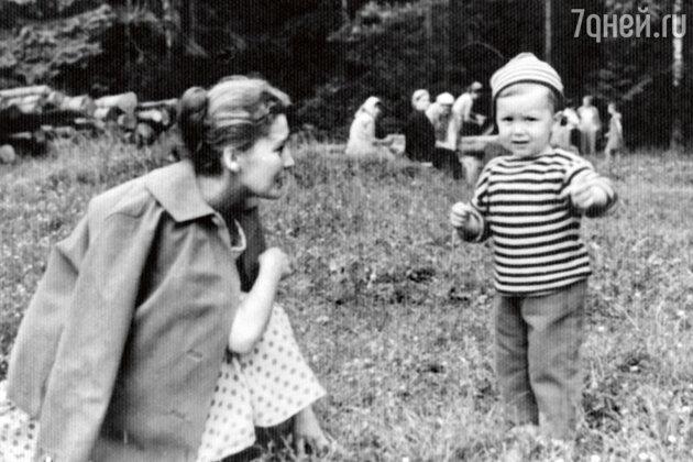 Кюнна Игнатова с сыном