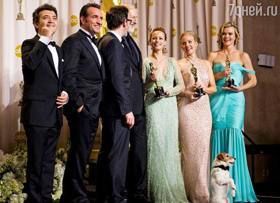 «Артист» Мишеля Хазанавичюса был признан «Лучшим фильмом» ушедшего года, выиграв пять статуэток