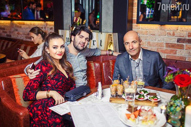 Виктория Крутая с мужем Давидом Берковичем и Игорь Крутой