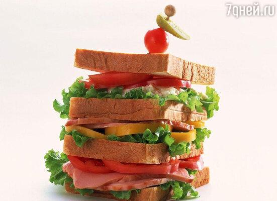 Сосиски, колбасы и все переработанное мясо — так называемые мясные деликатесы — вызывают зависимость от еды, подобную наркотической, и с огромной силой повышают аппетит