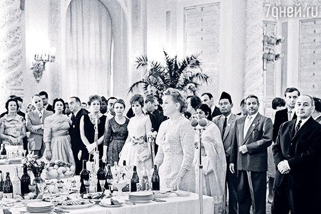 Министр культуры СССР Екатерина Фурцева на приеме в Кремле, 1961 год