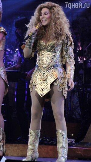 Легендарная певица Шер дала живой концерт в Бостоне