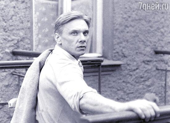 Сухова должен был сыграть Георгий Юматов