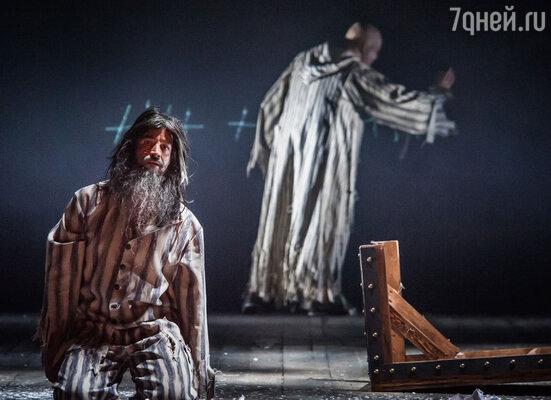 Дмитрий Певцов в роли графа Монте-Кристо