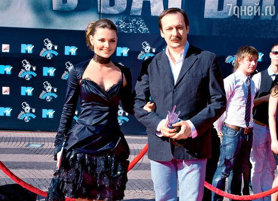 Елизавета Боярская и ее экранный муж по фильму «Адмиралъ» Владислав Ветров