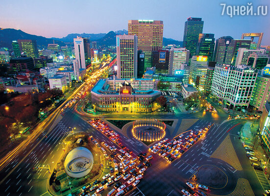 Вид на район City Hall Plaza (Сеул) с высоты птичьего полета