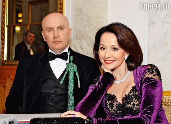 В Праге Ольге вручили престижную европейскую премию «Треббия».С супругом на церемонии