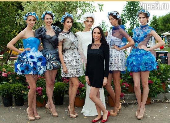 Коллекция цветочных платьев дизайнера Анастасии Задориной