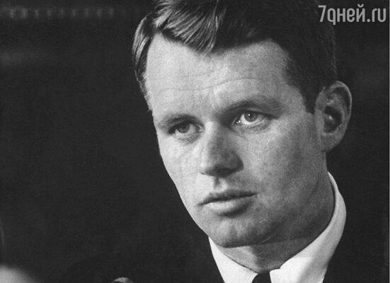 ...образ американского политика Роберта Ф. Кеннеди