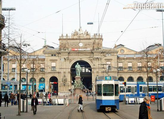 Улица Банхофштрассе — вокзальная площадь