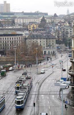 Улица Банхофштрассе — вид из окна отеля