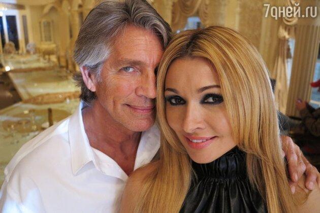 Анжелика Агурбаш и Эрик Робертс на съемках клипа на песню «Черная вуаль»
