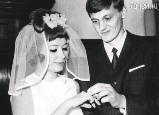 Свадьба Аллы Пугачевой и Миколаса Орбакаса. 8 октября 1969 года