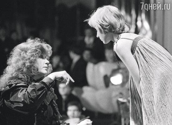 Алла пугачева и Кристина Орбакайте на съемках передачи «Голубой огонек», 1983 год