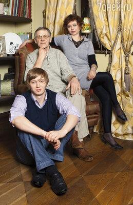 Миколас Орбакас с женой Мариной и сыном Фабианом