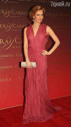 Олеся Судзиловская на вручении  премии «Золотой орёл», 2012 год