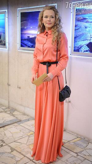 Юлия Пересильд на вручении  премии «Золотой орёл», 2011 год