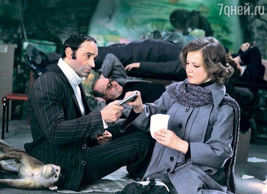 Валентин Гафт с Анастасией Вознесенской вфильме «Гараж». 1979 г.